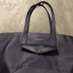 Marc Jacobs handbag tote style